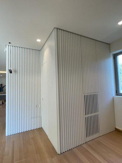 , Επένδυση τοίχου με ξύλινα πηχάκια